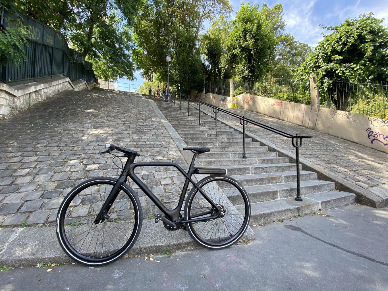 Vélo Angell Bike noir à Montmartre